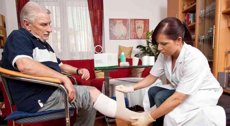 aide à domicile personnes âgées à Paris